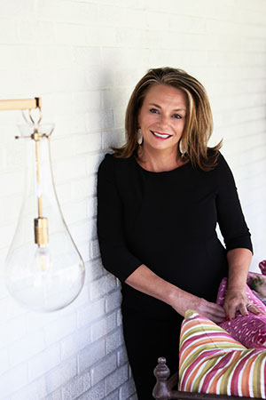Image of Colleen Jankowsk, Interior Designer and owner of ColleenDesignsIt.